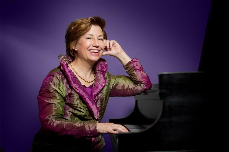pianist Patricia Goodson